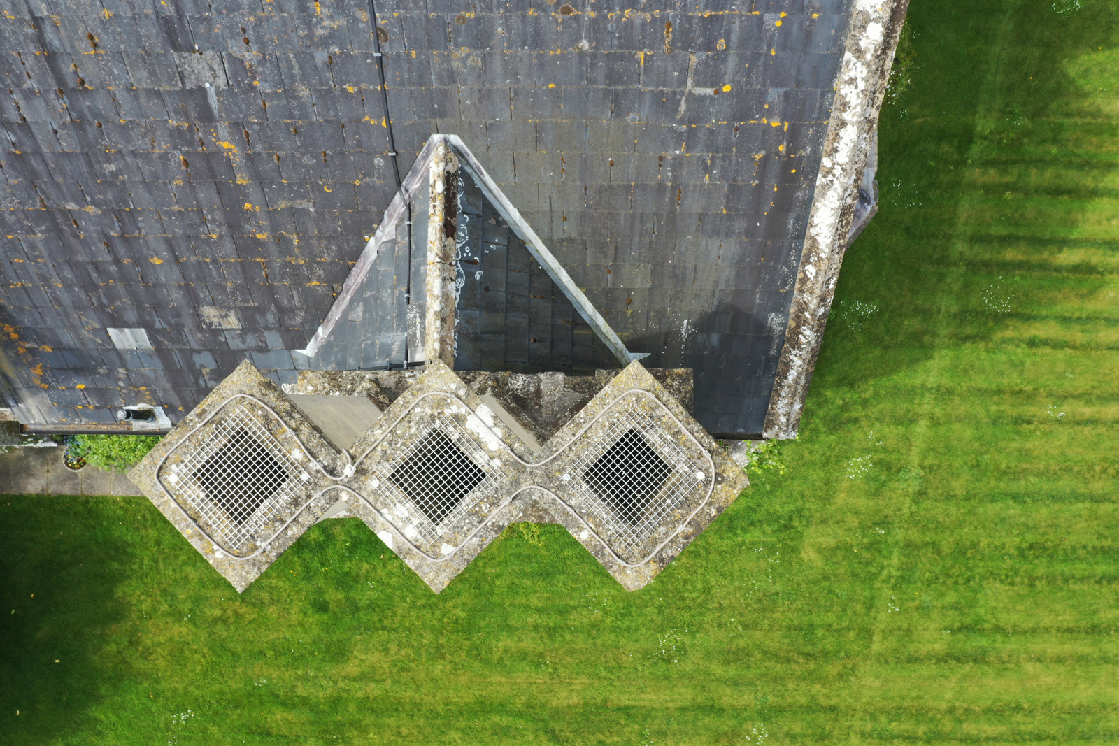 Roof and Chimney Drone Inspection